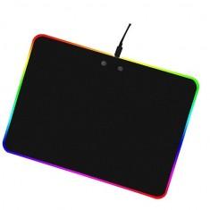 Lót Chuột cứng LED RGB dày 0,4 li 25x30